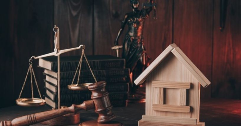 What Are The Duties And Responsibilities Of Building Commission Lawyers?